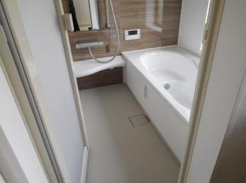 そでがうらリフォームの浴室改装は、5日間で完了!お客様の満足度も100%です。